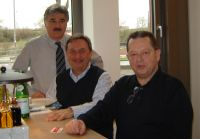 Hüsnü, Muhtar ve Necil Köln'de çan-çan ederken :-)